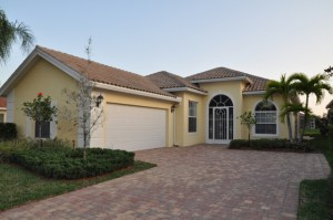 Oakmont Home in Verona Walk Naples